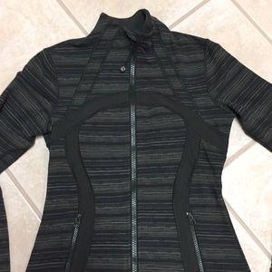 EUC Lululemon Define Jacket Sz 6
